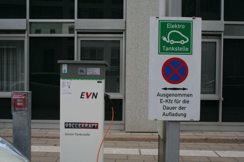 Schulung E-Tankstellen